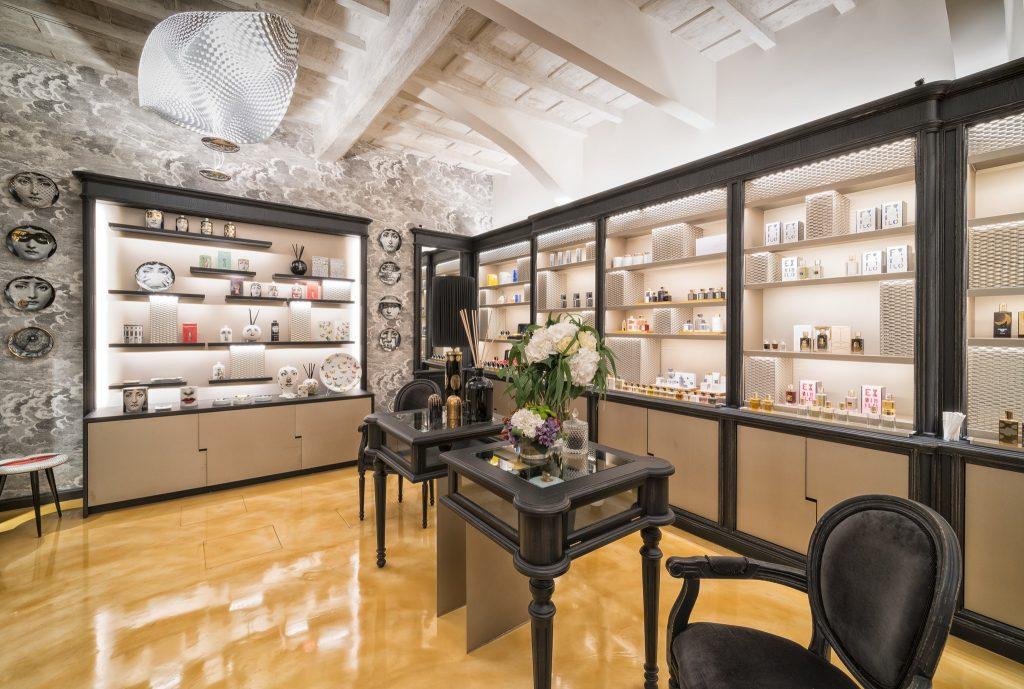 General contractor luxury retail Campomarzio
